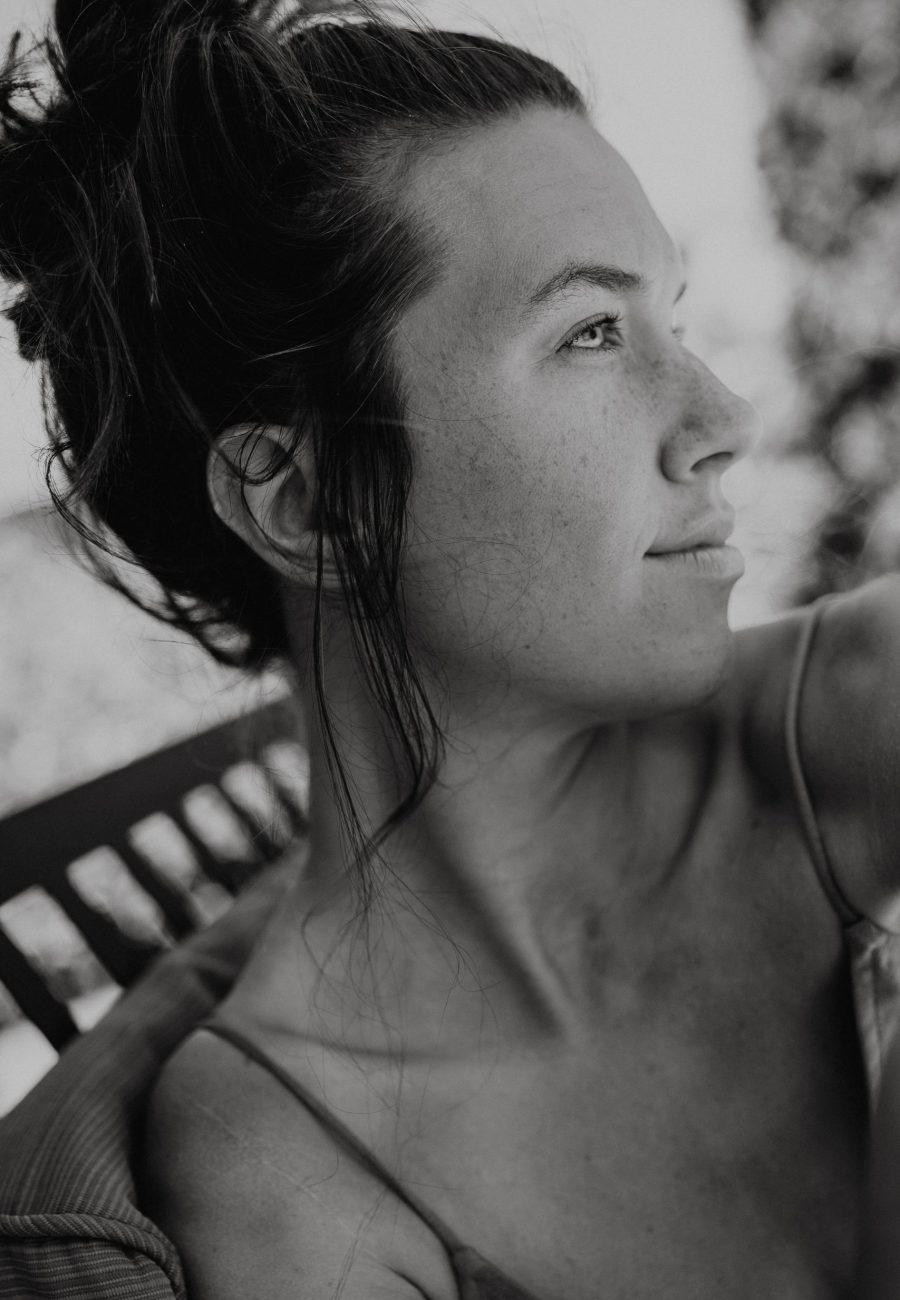 portrait photo of nia